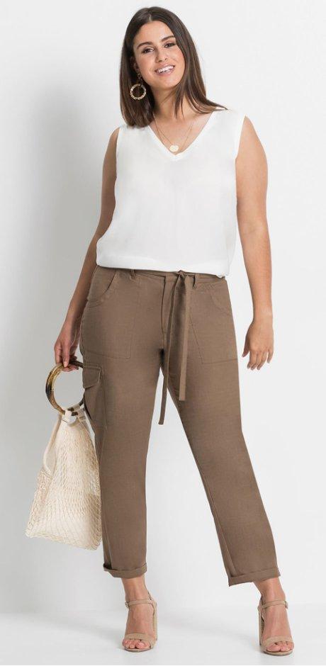 3e98cab0453a Skvělé kalhoty ve velkých velikostech najdete u bonprix