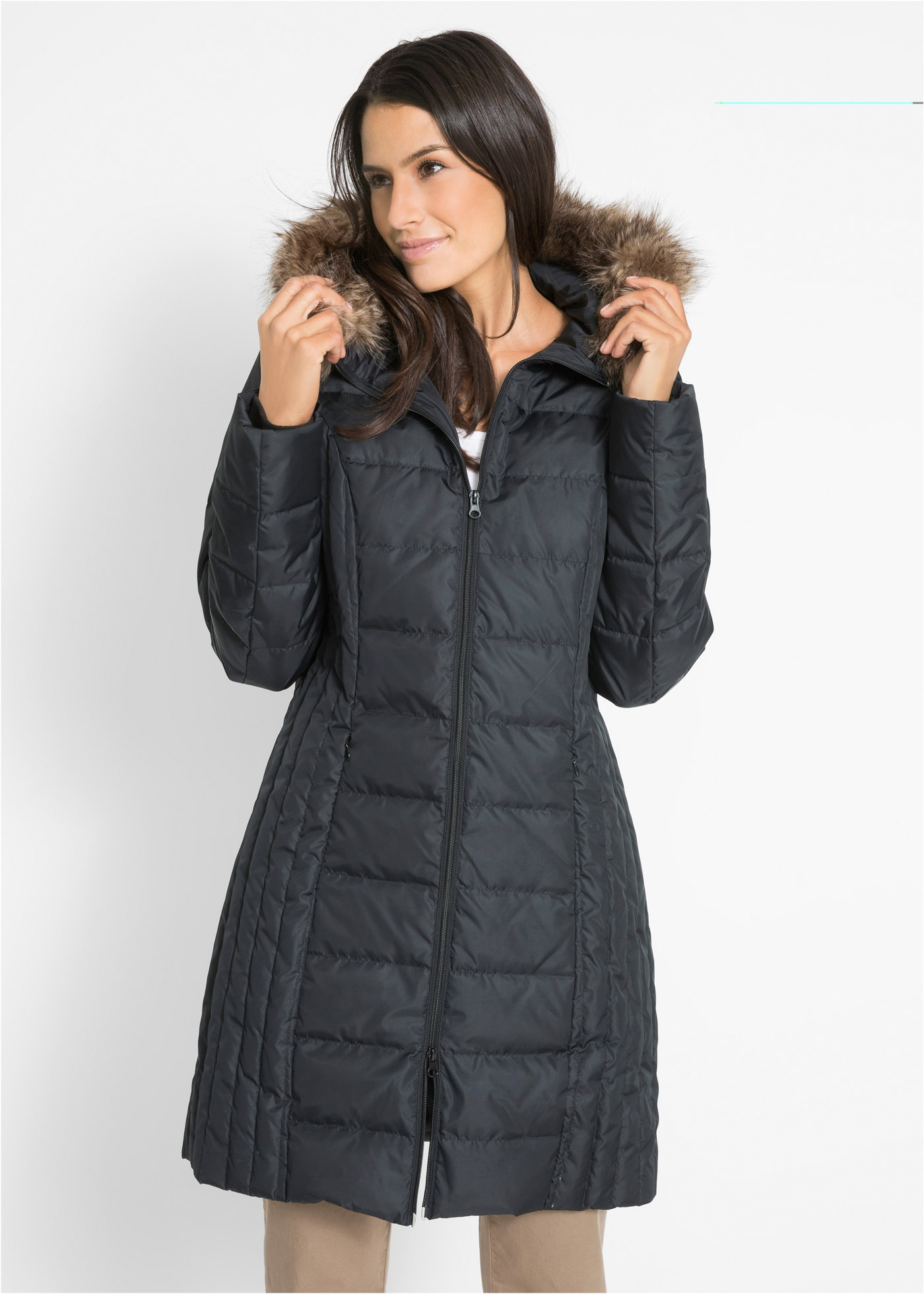 Lehký prošívaný péřový kabát - Černá