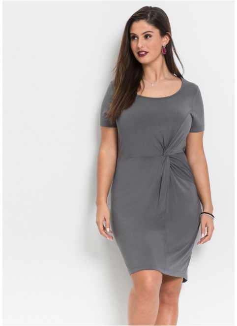 Šaty ve velkých velikostech nakoupíte u bonprix fcf134fc21